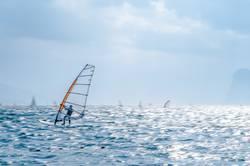 Windsurfer in Torbole, Gardasee 04