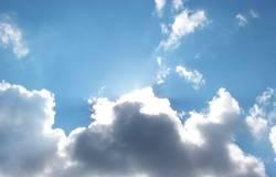 Schönwetter-Wolken-Himmel