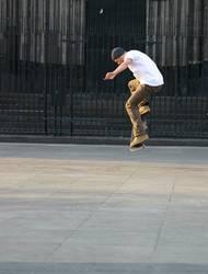 Skater auf der Domplatte