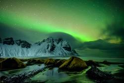Nordlichter über Vestrahorn, Island