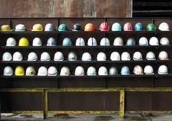Versammlung der Helme