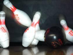 bowlingpins_2