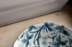 Porzellan: weiß zu blau